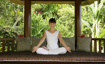 印度帕坦伽利瑜伽学院零基础瑜伽教练培训班招生简章