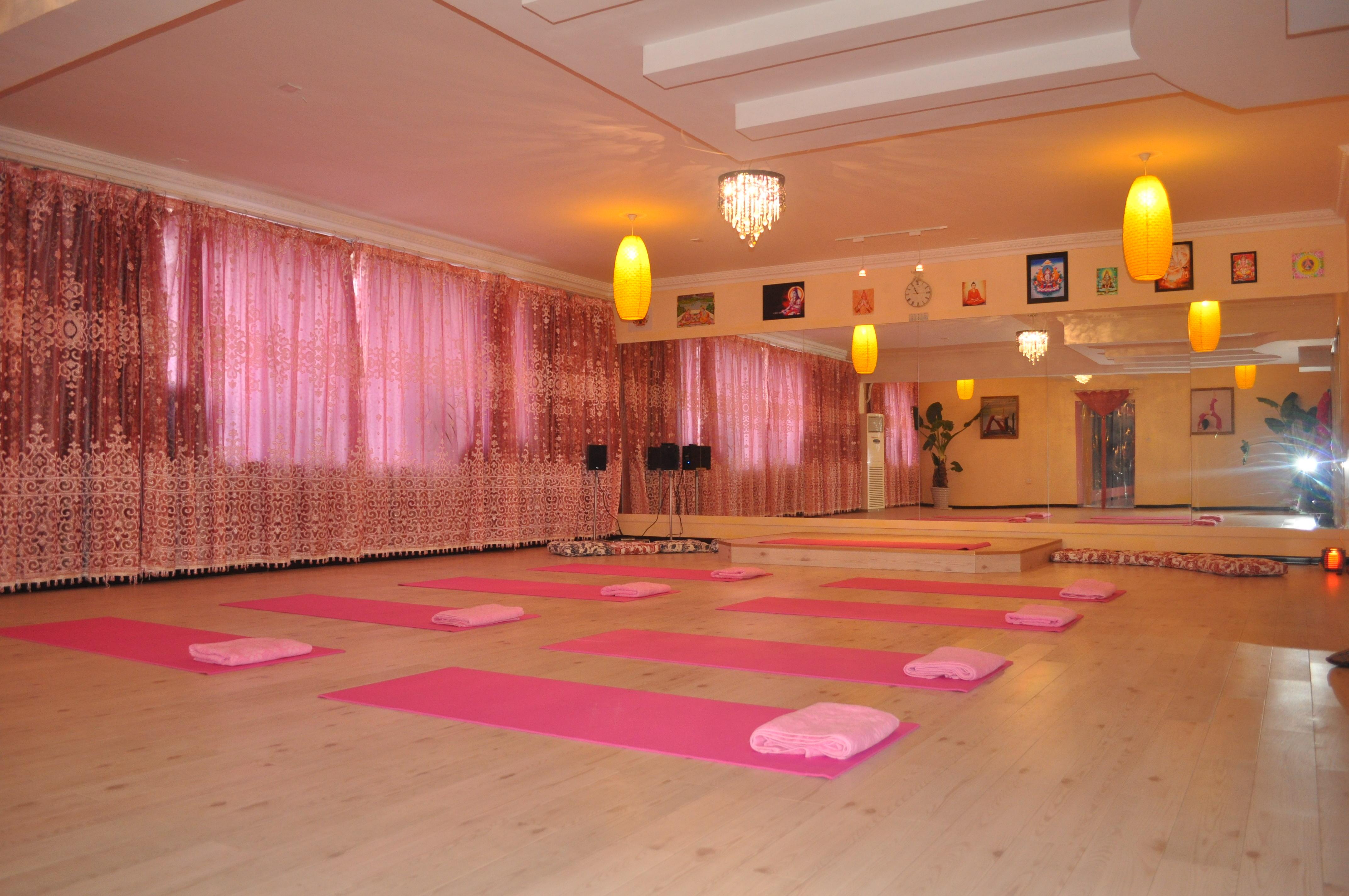 常温瑜伽房